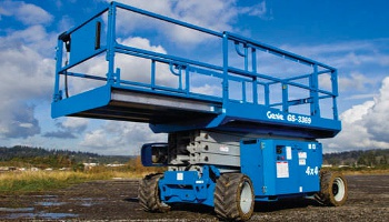 33 Ft Rough Terrain Scissor Lift